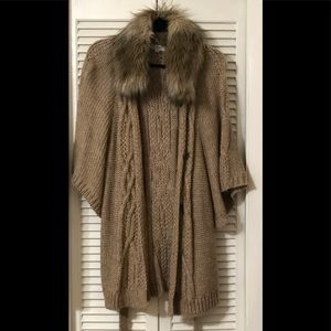 Women's Short sleeve cardigan with Faux Fur